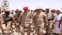 """شاهد """"فيديو"""" لحظة وصول الفريق علي محسن الأحمر إلى مأرب"""