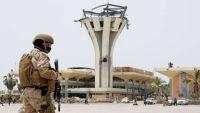 ما هي خيارات الانقلابيين بعد عودة الحكومة إلى عدن ونقل البنك المركزي ؟