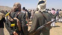 مصادر تكشف عن ممارسة مشرف الحوثيين في محافظة حجة لعمليات فساد مهولة ونهب المساعدات الغذائية