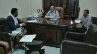 الفريق الأحمر يناقش المتطلبات الملحة لاستعادة مؤسسات الدولة في محافظتي البيضاء وذمار