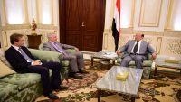 ازدواجية روسيا في اليمن.. الدوافع والحلول؟ (دراسة خاصة)