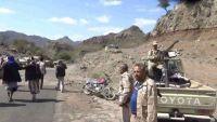 الضالع : مليشيات الحوثي تقصف قرى مريس وتختطف مواطنين في دمت