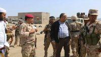 محافظ تعز يزور باب المندب وذوباب بعد تحريرهما من الميليشيات