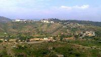 """حجة.. مليشيات الحوثي تحاصر قرية """"ردوه"""" بكعيدنة منذ أيام وتختطف 7 مواطنين"""