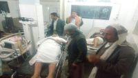 عمران.. إصابة مدير مكتب المياه والبيئة بانفجار عبوة ناسفة زرعت أمام منزله
