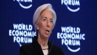 """""""افرضوا الضرائب على مواطنيكم"""".. هذا ما أوصى به صندوق النقد الدولي الحكومات العربية، فكيف برر دعوته؟"""