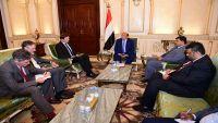 الرئيس هادي: اليمنيون لن يقبلوا بالتجربة الإيرانية مهما كانت التحديات