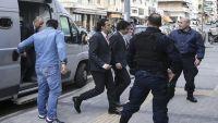 اليونان تعيد دراسة قرار رفضها تسليم العسكريين الأتراك