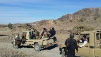 البيضاء.. مدفعية المقاومة تقصف مواقع عسكرية للمليشيات في جبهة الزاهر