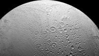 كائنات فضائية ربما تعيش على أحد أقمار زحل
