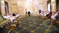 الرئيس هادي يشيد بإقليم حضرموت ويؤكد على إنهاء الانقلاب وبناء اليمن الاتحادي