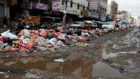 عمال النظافة في صنعاء.. حقوق مصادرة وحرمان مستمر (تقرير)