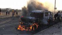 مقتل جندي واصابة آخرين في هجوم انتحاري للقاعدة على نقطة للجيش بحضرموت