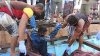 الصومال يدفن جثث قتلى القارب البحري المستهدف قبالة سواحل اليمن