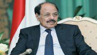 الفريق محسن يسخر من تزوير مذكرة باسمه احتوت كلمات حادة تجاه الرئيس هادي