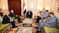 الرئيس هادي يلتقي سفيري الولايات المتحدة الأمريكية والصين