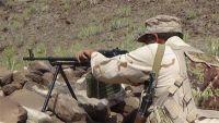 مقتل قيادي حوثي وإصابة أخرين بنيران الجيش الوطني بجبهة حمك غرب الضالع