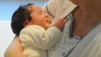 الرضاعة الطبيعية تقي الأمهات من أمراض القلب