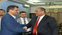 محافظ شبوة المُقال يصل  عدن غداة فعالية المجلس الانتقالي المرتقبة