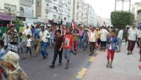 بدء توافد أنصار الحراك إلى ساحتي مدرم والعروض في عدن عشية انطلاق فعالية ذكرى 7 يوليو