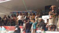 ساحتان في عدن.. اختلاف حول الزعامة واتفاق على الانفصال (تغطية)