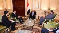 السفير الصيني يعلن تقديم مساعدات إنسانية للشعب اليمني