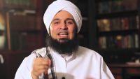 240 إماماً وخطيباً من حضرموت يغادرون إلى أبو ظبي للتدريب على أصول الصوفية