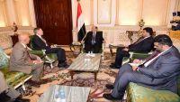 الرئيس هادي يشيد بالجهود الأمريكية الداعمة لليمن ووحدته
