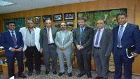 اتحاد الصحفيين العرب يدين الانتهاكات التي تمارسها مليشيا الحوثي ضد الصحفيين