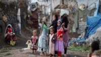 غارديان: الجوع والكوليرا يقتلان 80% من أطفال اليمن