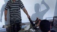 """لجنة حقوقية دولية تتهم الأمن المصري باستخدام """"القوة المفرطة""""بحق سجناء"""