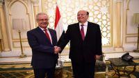 الوصاية تبرز من جديد.. هل الرئيس هادي سيقيل المفلحي من إدارة عدن؟