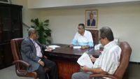 دماج: وزارة الثقافة حريصة على حل مشكلة مكتبة القمندان في لحج