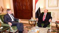 الرئيس هادي يناقش مع سفراء أمريكا وروسيا عملية السلام في اليمن