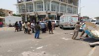 مئات الجنود يتظاهرون في عدن للمطالبة بروابتهم المتوقفة منذ ستة أشهر