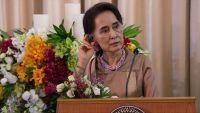 """العفو الدولية: """"سو تشي"""" تدفن رأسها في الرمال بشأن """"فظائع"""" أراكان"""
