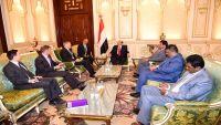هادي: ماحذرنا منه مراراً أصبح واقعاً في صنعاء