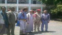 تعز.. أسر شيخ موالٍ للحوثيين والشرطة تتسلم أول مدرسة بعد توجيهات جباري