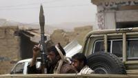 عمران.. مليشيات الحوثي تداهم إحدى المناطق بعشرات الأطقم بسبب حرق ملزمة طائفية