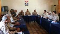 تعز.. اللجنة الأمنية تناقش ترتيب النقاط العسكرية والأمنية في المدينة