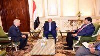 الرئيس هادي يستقبل سفراء روسيا والصين لدى اليمن