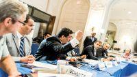 بن مبارك يروي تفاصيل اختطافه من قبل الحوثيين: ربطوا يداي واتهموني بالتجسس لواشنطن