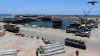 التحالف يعلن إحباطه مخططات حوثية لاستهداف الملاحة في البحر الأحمر