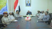 الفريق الأحمر يناقش مع قيادة التحالف في مأرب انتفاضة الحرس الجمهوري ضد الحوثيين