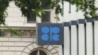 أوبك تتوقع توازن سوق النفط أواخر 2018
