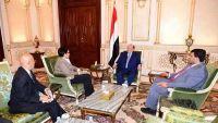 الرئيس هادي يشيد بدعم واشنطن في مواجهة الإرهاب وتدخلات إيران باليمن
