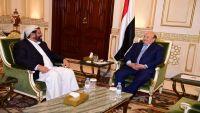 الرئيس هادي يستقبل محافظ مأرب