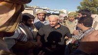 وصول العميد طارق صالح إلى خيمة عزاء الزوكا في شبوة (صورة)