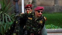 لماذا تدفع السعودية والإمارات بنجل شقيق صالح بالعودة إلى صدارة المشهد العسكري؟ (تقرير)