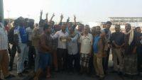 إضراب لموظفي شركة النفط بالحديدة احتجاجا على فساد الحوثيين
